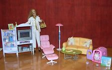 VINTAGE BARBIE Mattel Living Room Set with Working TV from 1990's!