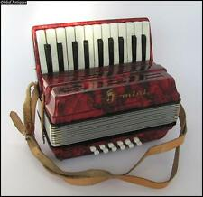 VINTAGE GERMAN GDR CHILD MINI ACCORDION CONCERTINA