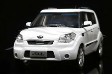 1:18 Dealer Edition Kia Soul Die Cast Model White