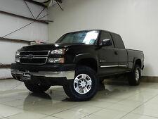 Chevrolet : Silverado 2500 2500HD 4X4