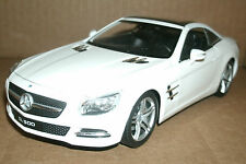 1/24 Mercedes Benz SL500 Diecast Model SL-Class R231 Hard Top Conv - Welly 24041
