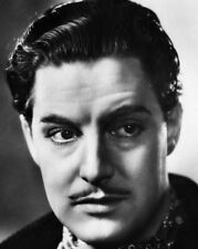 Robert Donat UNSIGNED photo - B2774 - The 39 Steps