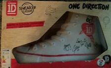 ONE DIRECTION SNEAKER LIGHT COLOUR CHANGING  NEW IN BOX harry styles  1D