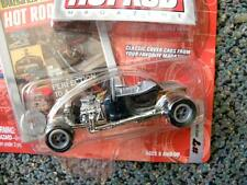 1923 FORD T-BUCKET #7     2003 JOHNNY LIGHTNING HOT ROD MAGAZINE 1:64 SCALE