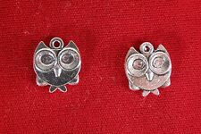"BULK! 30pc ""owl"" charms in antique silver style (BC1206B)"