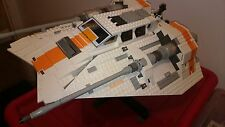Lego Star Wars 10129 UCS Rebel Snowspeeder Complete with box and instructions