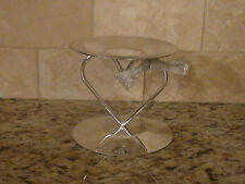 Metal-Glow Candle Pillar Silver Color with base in form of heart