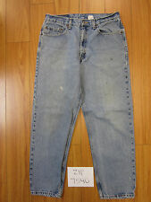 Used 901 relaxed straight leg levi's jean tag 34x30 meas 31x29.5 zip7540