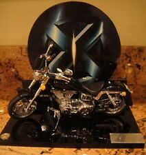 MARVEL X-MEN MOVIE WOLVERINE CYCLOPS MOTORCYCLE DIECAST REPLICA EXCLUSIVE Statue