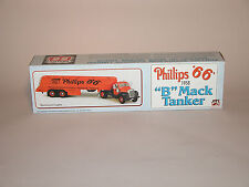 1995 PHILLIPS 66 1958 B MACK TANKER  LOCKING COIN BANK JMT REPLICAS CHINA MINT