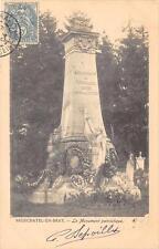 CPA 76 NEUFCHATEL EN BRAY LE MONUMENT PATRIOTIQUE (dos non divisé)