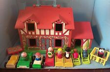 Vintage 1986 Fisher Price BROWN TUDOR PLAY FAMILY HOUSE #952 w/accessories