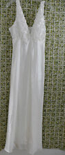 Bellflower Ivory Gown by Flora Nikrooz Large Nightgown Adjustable Straps NWT