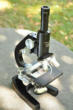 BEAUTIFUL  LEITZ LEICA VINTAGE LAB MICROSCOPE COMPLETE W OBJECTIVES #4