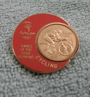 GILT 2000 OLYMPIC SPORTS  CYCLING BADGE