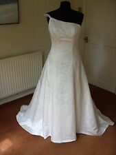 Jenny Packham wedding dress petite size 10 NOW REDUCED!