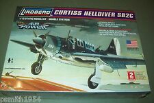 LINDBERG  CURTISS SB2C HELLDIVER   1:72 scale  kit
