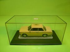 MINICHAPS BMW 1600 E114 - LIGHT YELLOW 1:43 - GOOD CONDITION IN BOX