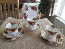 SET OF 3 ROYAL ALBERT OLD COUNTRY ROSES TRIOS  (3 TEA CUPS & SAUCERS AND PLATES)