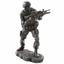 Brave Soldier in Combat Military Army Patriotic Veteran Figurine Statue Fight