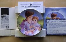 Brenda Burke Mother's Day Series Plate THE BONDS OF LOVE Loving Touch 1992 China
