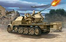 Revell 03207 Sd. Kfz.7/2 Tracked Infantry Vehicle Kit scale 1/72  New 1st Class
