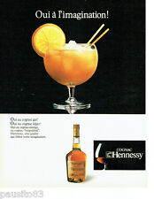 PUBLICITE ADVERTISING 016  1982  HENNESSY  cognac