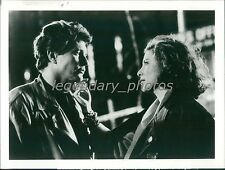 1989 Tom Berenger and Mimi Rogers on Scene Original News Service Photo