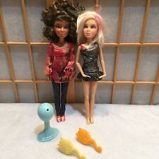 Spin Master Jointed Liv Dolls And Wig Lot 2
