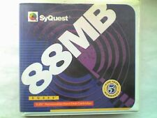 """Syquest 88Mb 5 1/4"""" Hard Drive Disk includes hard Plastic Storage Case - USED -V"""