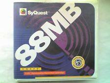 """SYQUEST 88mb 5 1/4"""" Hard drive disco include custodia in plastica rigida-USATO-V"""