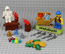 LEGO - 38 pcs Lot Treasure Chest Pirate Skeleton Captain Jewels Gold Map Money