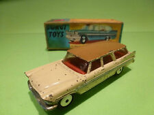 CORGI TOYS 219 PLYMOUTH SPORTS SUBURBAN STATION WAGON 1:43 - GOOD CONDITION