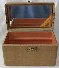 Vintage Take Me Along Make Up /Toiletry/Train Case  L-U-C-E