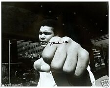 MUHAMMAD ALI Signed Photograph - World Heavyweight BOXING Champion - preprint