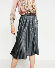 BNWT ZARA SILVER FINE PLEATED METALLIC MIDI SKIRT SIZE M