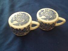 Royal China /  Homer Laughlin USA Blue Willow  Pattern  Set of Shakers