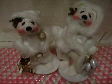 ANNA LEE MICE MR & MRS CLAUSE DRESSED IN WHITE WITH BELLS & LIGHTS FREE SHIPPING