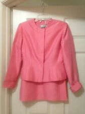 Maggy London 100% Silk salmon skirt suit - Size 8