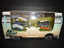 Greenlight Volkswagen Summer Festival 3 VW Chases Plus Trailer 58032 1/64 CHASE