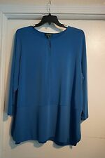 LAUREN NWT $85 3X BLUE SCOOP W/KEYHOLE DESIGN BLOUSE