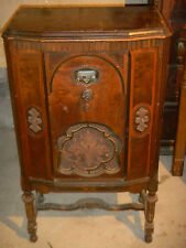 VINTAGE BRUNSWICK RADIO CORPORATION FURNITURE CABINET 1931 ANTIQUE