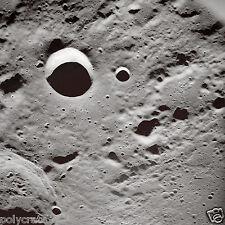 Photo Nasa - Apollo 10 - La Lune - Cratères à la surface de la Lune