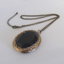 VINTAGE GOLD TONE CASED JET BLACK STYLE DESIGN COSTUME LOCKET
