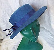 VINTAGE BLUE FELT WOOL CLASSIC HAT CHIC SMART VERSATILE FEATHER CORDED BAND