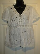 MOLLY ANNE WHITE PART DAISY CROTCHET TOP  - UK Size 16