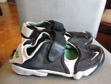 Nike drifts trainers size 8