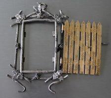"""Petit cadre Napoléon III """"Jardin secret"""" métal argenté porte amovible faux bois"""