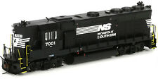 Athearn HO Scale EMD GP40X Diesel Locomotive High Hood Norfolk Southern/NS #7002