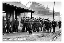 pt0861 - On Strike at Cadeby Colliery , Yorkshire - photo 6x4